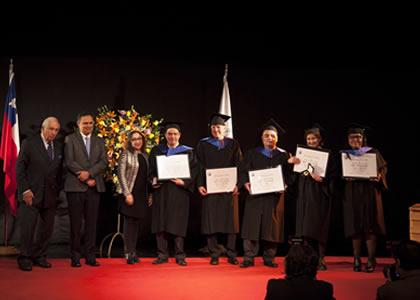 159 estudiantes se gradúan y diploman en programas de postgrado de Derecho en 2017