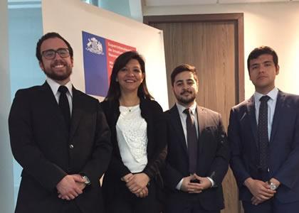 Ceremonia de cierre de prácticas de estudiantes U. Finis Terrae en la Superintendente de Insolvencia y Reemprendimiento