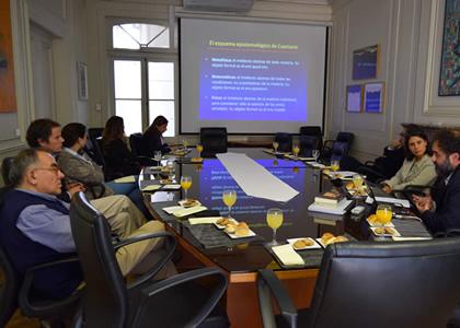 Profesores de bioética participaron en charla de Formación Continua