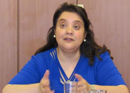 La profesora María Luisa Baltra dicta Cursos de Perfeccionamiento de la Academia Judicial