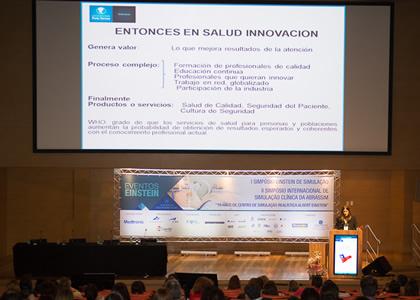 Directora de la Escuela de Enfermería expone en II Simposio Internacional de la Asociación brasilera de Simulación