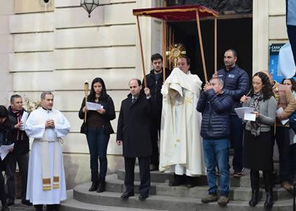 Comunidad de la Universidad Finis Terrae celebró Corpus Christi