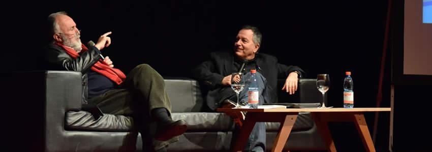 Roberto Ampuero presentó su nueva novela juvenil en la U. Finis Terrae