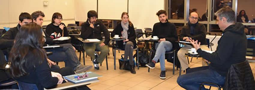 Universidad Finis Terrae y Pablo Simonetti realizan la 7ª versión del taller para futuros escritores
