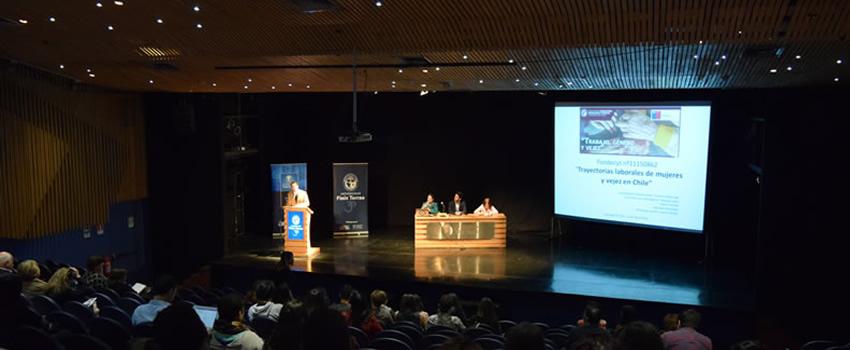 """Seminario sobre """"trabajo, género y vejez"""" reune a importantes investigadores en la materia."""
