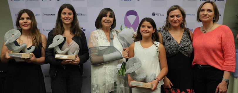 Reportaje sobre el médico promotor de Ley del Cáncer ganó I Premio Nacional de Periodismo en Cáncer