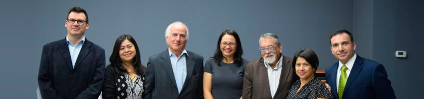 Premio Nacional de Periodismo dicta charla magistral en U. Finis Terrae