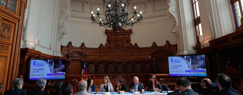 Con entrevista en vivo al juez Lamberto Cisterna, Escuela de Periodismo presentó 2° temporada de programa radial de Poder Judicial