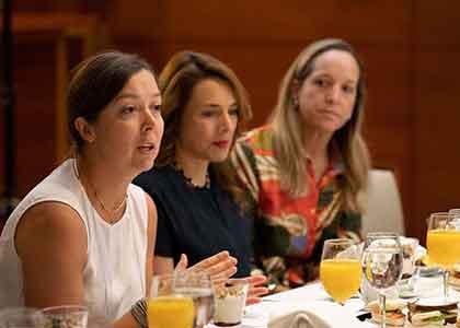 U. Finis Terrae organizó primer encuentro de instituciones de apoyo de UNEP FI