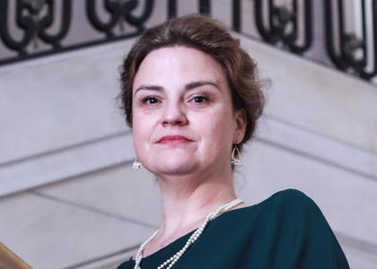 Directora de Investigación de la Facultad de Derecho juró como abogada integrante de la Corte de Apelaciones de Santiago