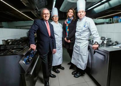 Revista Ya| Reportaje de André Cointreau, presidente de Le Cordon Bleu, en su visita a la U. Finis Terrae
