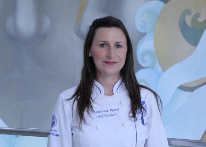 BioBioChile | Chef Franziska Rösner compartió receta de brownie por el Día Internacional del Chocolate