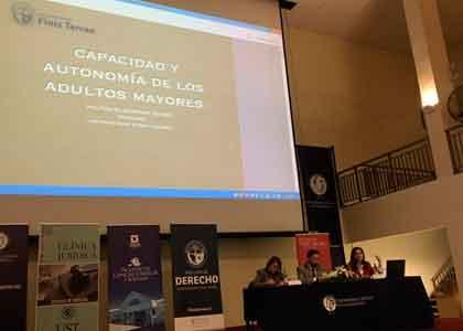 Académica Militza Glasinovic expuso en II Seminario