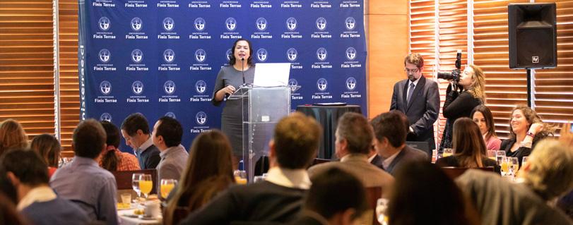 Seminario UNEP-FI y U. Finis Terrae analizó el rol de la banca en el camino hacia el desarrollo sostenible