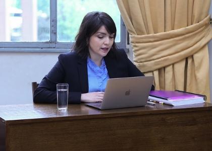 Profesora de Derecho U. Finis Terra obtuvo grado de doctor