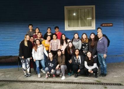 18 estudiantes de Educación Básica conocieron escuelas rurales en Villarrica