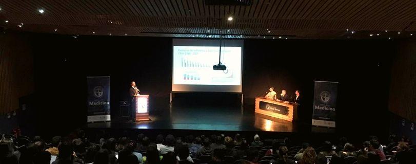 Reforma a la salud: Ex ministro de Salud, Emilio Santelices, y ex superintendente de Salud, Sebastián Pavlovic, debatieron en U. Finis Terrae