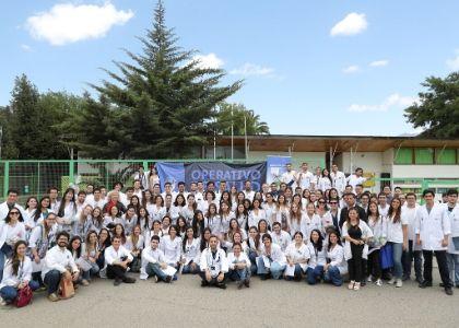 139 estudiantes y 30 médicos especialistas de la U. Finis Terrae participaron en el 7° Operativo Médico en Hijuelas
