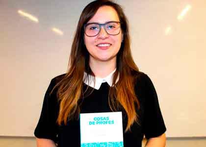 """Cosas de Profes"" un interactivo libro que entrega consejos al profesorado novel que enfrenta por 1° vez la docencia"